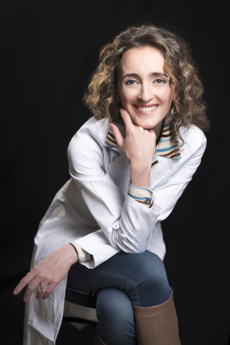 """Dott.ssa Ethel Cogliani - Autrice dei libri """"Dietro la malattia"""" e """"Tiroide X-Files"""" Fondatrice IMMUNOREICA - il primo approccio alle malattie autoimmuni senza farmaci"""