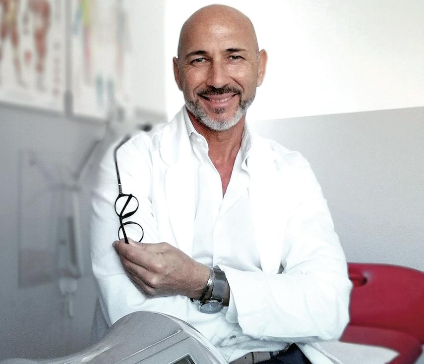 DOTT. MASSIMILIANO MANNI Dottore in Fisioterapia - Osteopata D.O. e Posturologo. Iscritto albo fisioterapisti di Latina N° 529 R.O.I. N° 2357
